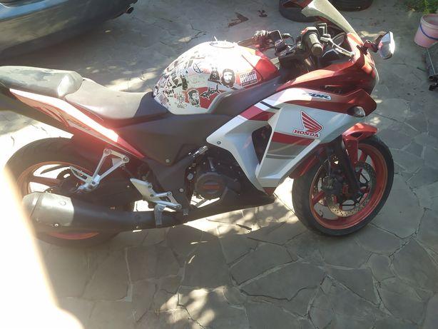 мотоцикл Viper V250 CR спортбайк