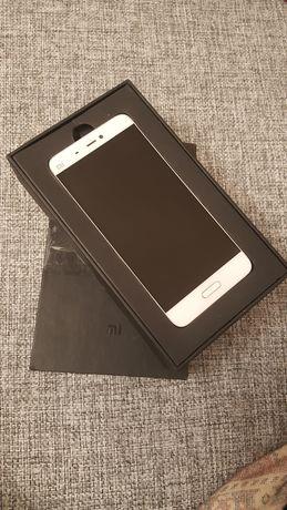 телефон, мобільний телефон Xiaomi Mi5 4/128