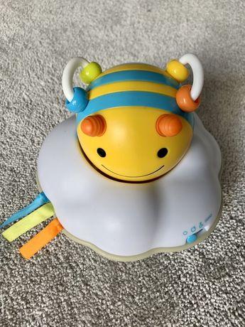 Pszczółka Skip Hop do nauki raczkowania