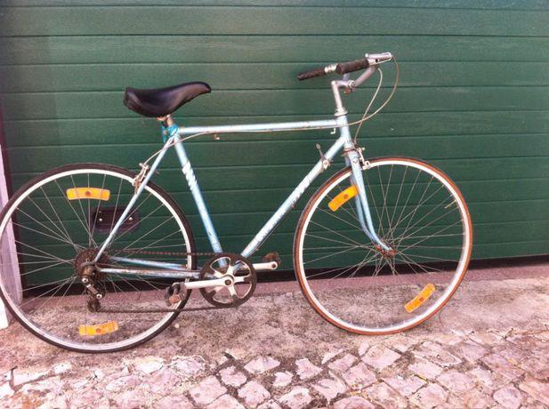 Bicicleta Orbita antiga