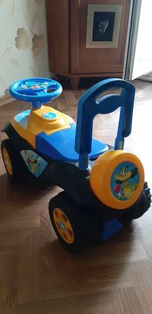 Детская машинка каталка с сиденьем