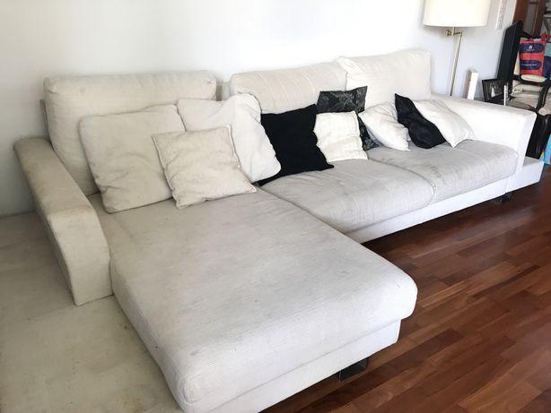 Sofá chaise lounge creme