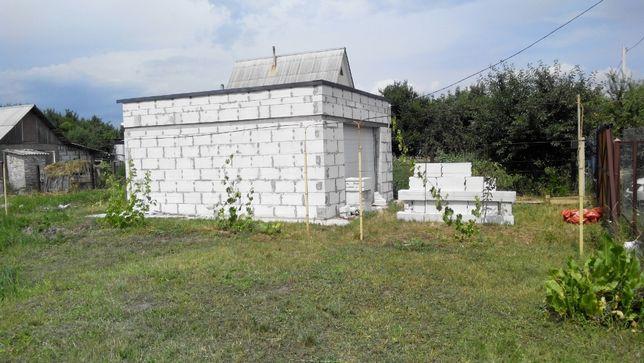 Участок 12 сот. с.Безугловка (М. Александровка), гараж, вода, э/э