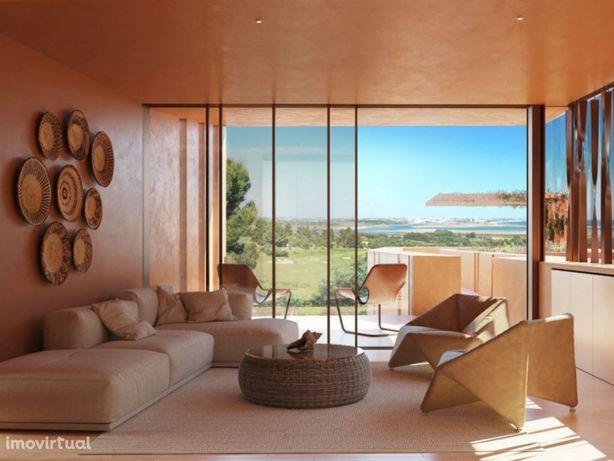 Apartamento T2+1 em Resort com jardim e piscina