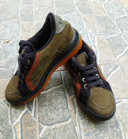 Кроссовки ботинки Kikkers
