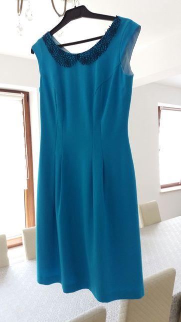 sukienka z kolnierzykiem