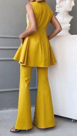 """Костюмная ткань """"вафелька"""" желтого цвета (Франция)"""