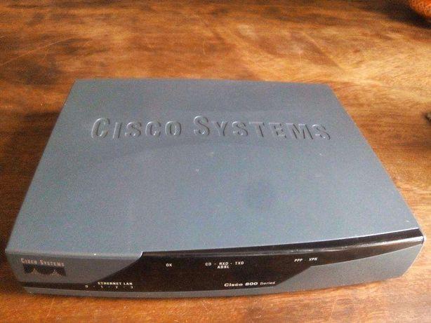 Router Cisco 871