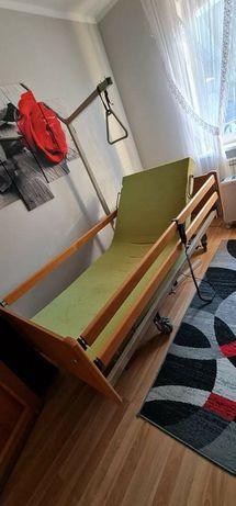 Łózko rehabilitacyjne i wózek inwalidzki