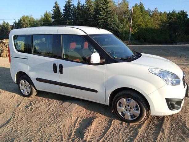Opel Combo оригинал пассажир / пасажир