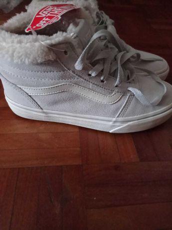 Ténis bota Vans forrados