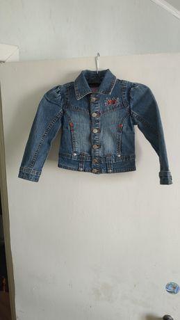 Детская джинсовая куртка на рост 98