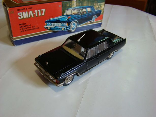 Масштабная модель автомобиля ЗиЛ 117 1:43 А31