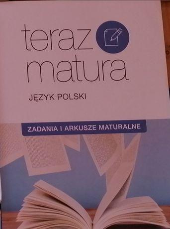 Książki do liceum (dla osób, które ukończyły gimnazjum)