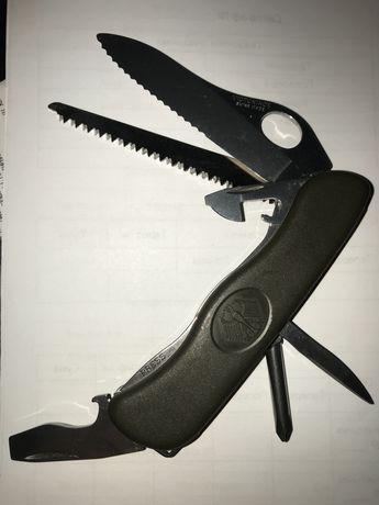 Нож Victorinox Military Original