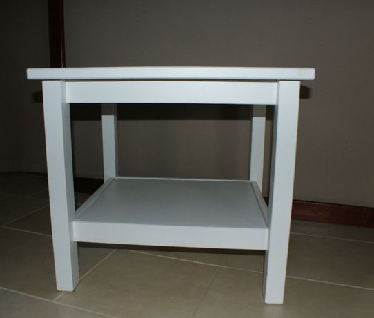 Drewniany stoliczek IKEA