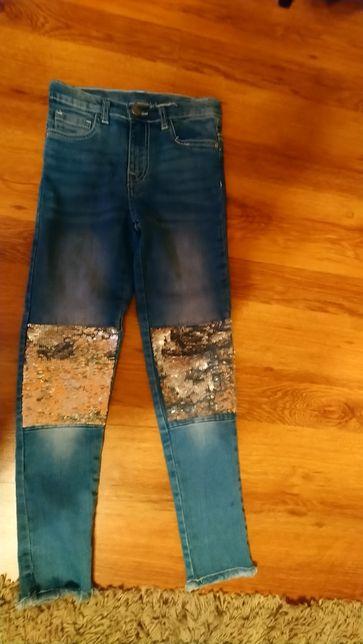 Spodnie jeansowe z cekinami