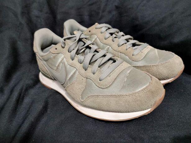 Нові кросівки nike internationalist. розмір 38.5