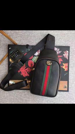 Слинг сумка Gucci