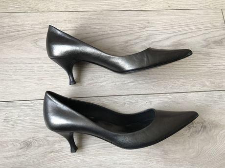 Skórzane włoskie buty czółenka szpileczki Dejavu Kazar Gino Rossi