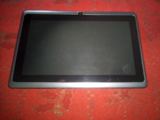 Vendo 2 tablets como novos !!