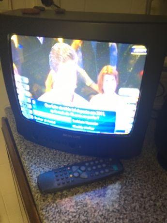 Televisão pequena Basic Line
