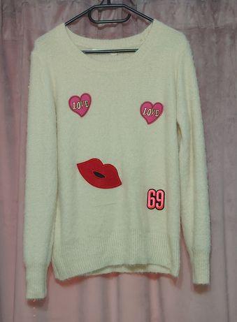 Sprzedam kremowy sweter