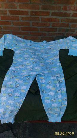 Продам пижаму на мальчика на баечке