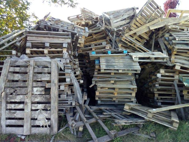 Лом деревянных поддонов