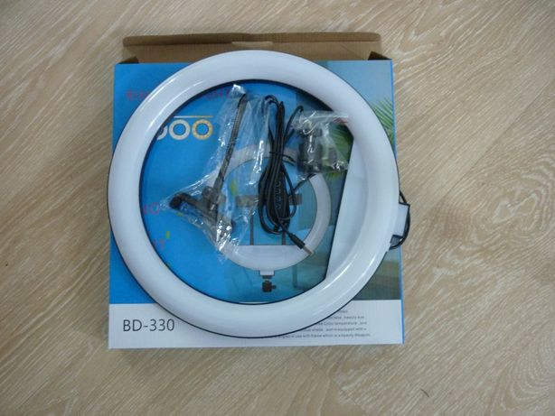 Яркая Кольцевая LED лампа BD-330, 33см питание USB, управление ручное
