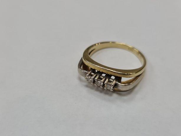 Wiekowy! Brylanty! Złoty pierścionek damski/ 585/ 4.23g/ R13