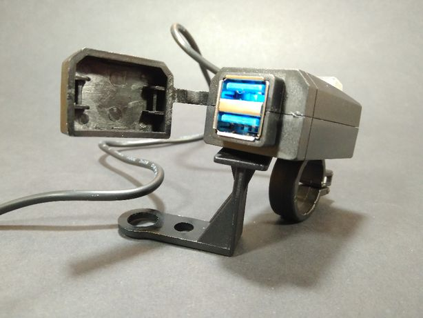 Мото зарядное usb 3.0 устройство на руль, под зеркало, Zicai ZG-8001