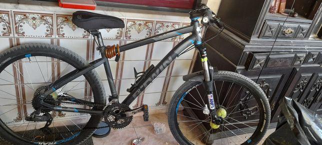 Vendo ouTroco 530 por bike de downhill