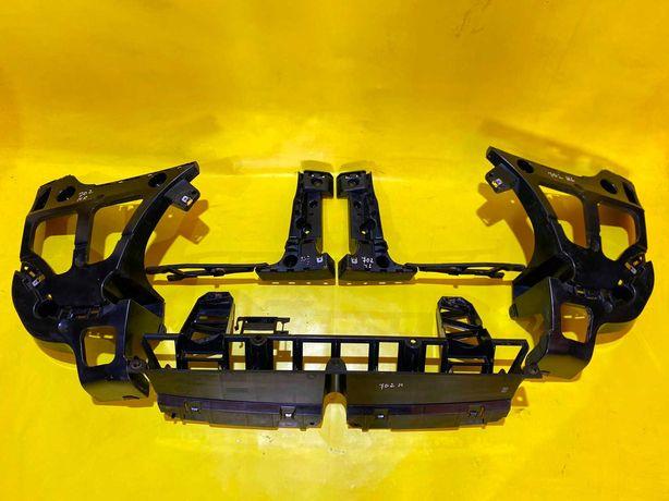 Кронштейн Заднего Бампера BMW X5 E70 Крепление БМВ Х5 Е70 Направляющая