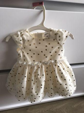 Платье Carter's для новорождённой