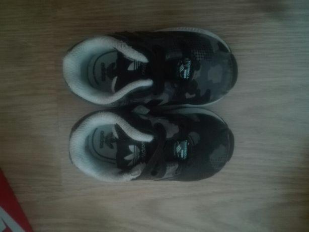 Ténis bebé Adidas