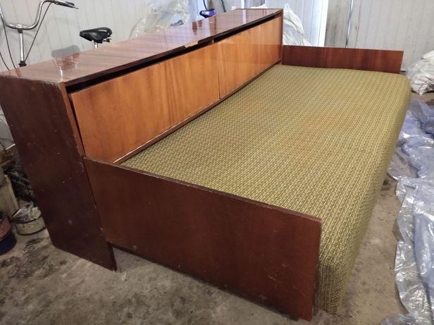 Продам диван срочно!!