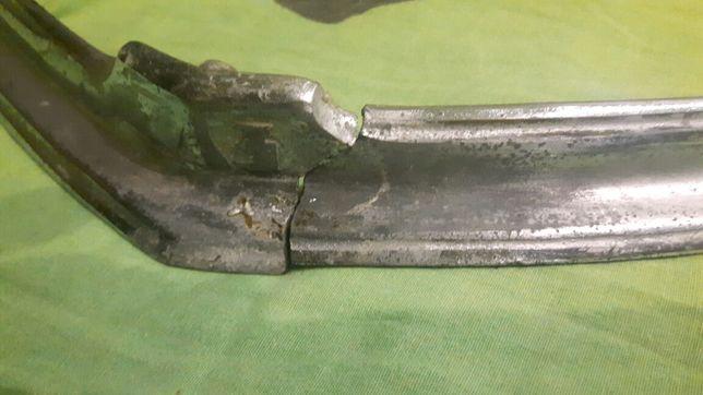 ГАЗ 20 модинг (губа капота)