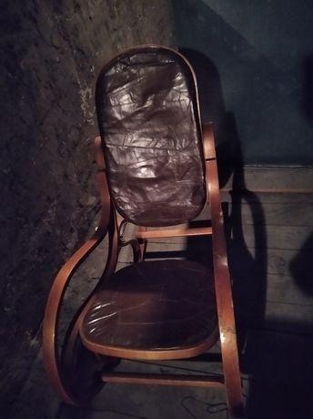 Fotel bujany skórzane obicie
