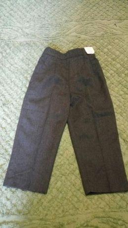 НОВЫЕ! Фирменные брюки Adams kids на мальчика рост 98 см.