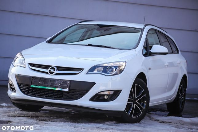 Opel Astra 1.4 Turbo 140km Lift Innovation Xenon Led Alu Pdc