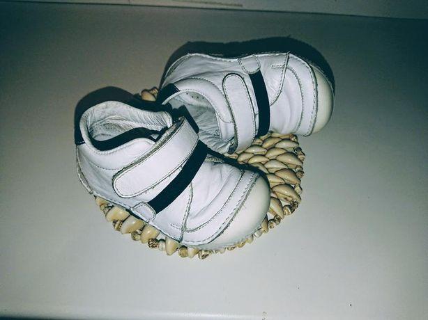 Детские кроссовки,ботинки 19 р