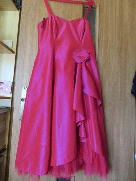 Suknia balowa na wesele lub wieksze wyjscie.