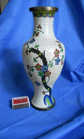 Китайская ваза для цветов