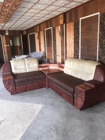диван угловой 2700х1400 (правый, левый) в отличном состоянии