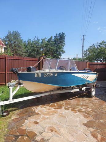 Продаю лодку Прогресс-4  с мотором Suzuki-30 на лафете