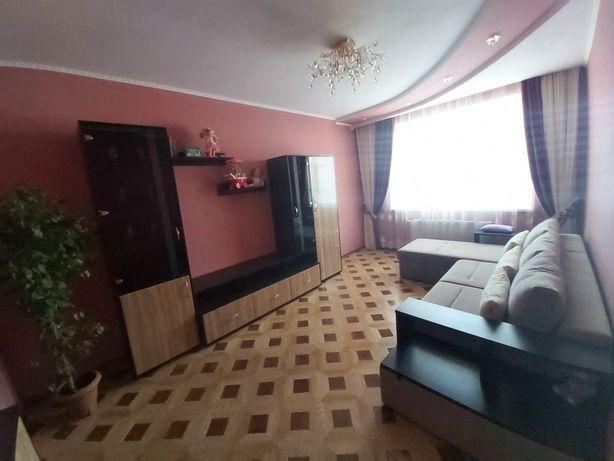 Двокімнатна квартира в центрі з меблями, новобудова