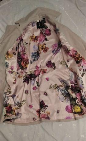 Продам женське пальто