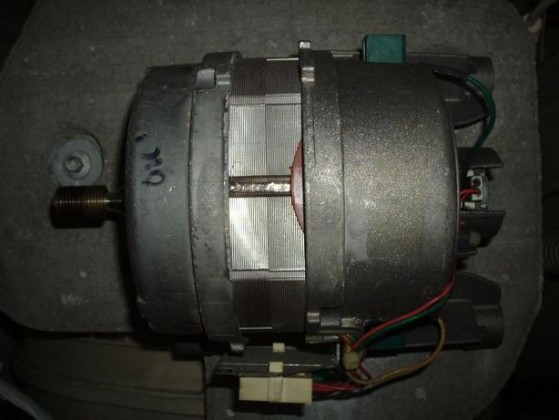 Продам мотор для стиральной машины Indesit WI,WIL /ARISTON AVL,AVD