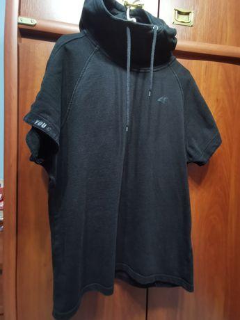 Czarna Bluza 4F, Siłownia